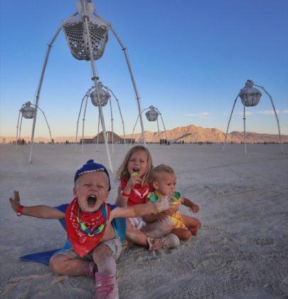 На Burning Man с детьми